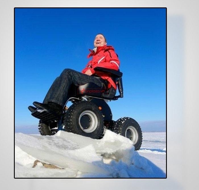 xe lăn vượt địa hình