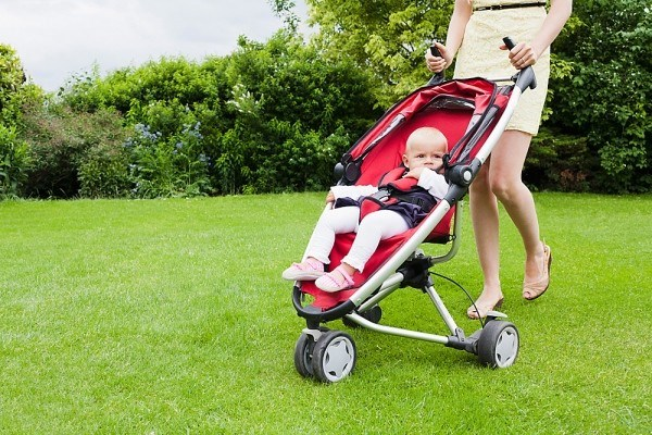 Xe đẩy du lịch gấp gọn cho trẻ em