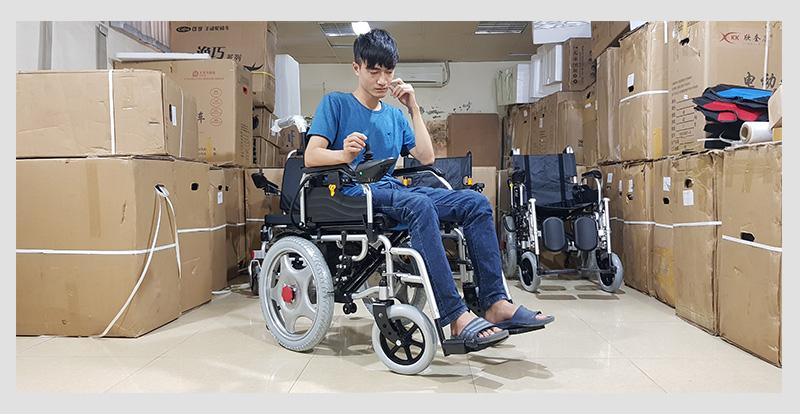 Xe lăn điện cao cấp ngả gập dành cho người tàn tật TM004 2