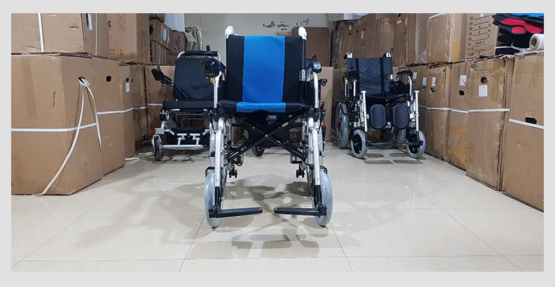 Xe lăn điện cao cấp ngả gập dành cho người tàn tật TM004 5