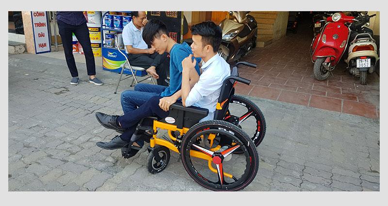 Xe lăn điện thông minh chống lật ngược TM057 8