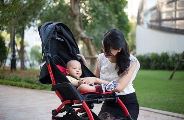 Kinh nghiệm mua xe đẩy cho bé mẹ tuyệt đối không nên bỏ qua