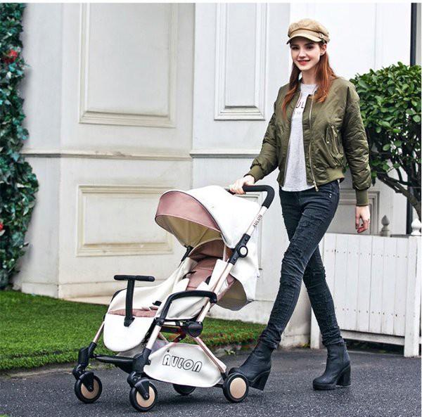 5 mẫu xe đẩy cho bé 1 tuổi mới nhất 2018